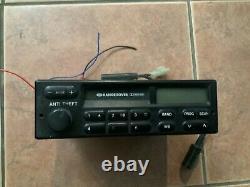 1993 Range Rover classic Factory Radio/tape deck