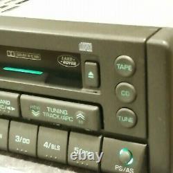 Classic Retro Range Rover Land Rover CLARION PU9590A Radio Cassette Vogue
