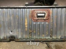 RANGE ROVER CLASSIC REAR LOWER TAILGATE BOOT LID TRUNK FROM A 92 model