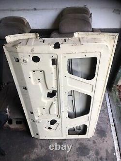 Range Rover Classic 2 Door Driver Door Offside Right Hand New Old Stock Bareshel