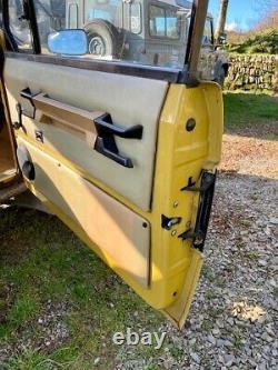 Range Rover Classic 3.9 V8 Suffix D 1975 2 Door Bahama Gold LTD Edition Washer W