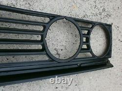 Range Rover Classic LSE SE 4 Headlight Radiator Grille Conversion