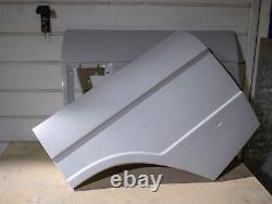 Range Rover Classic Rear Wings Pair O/s @ N/s Made In Fiberglass Top Quality